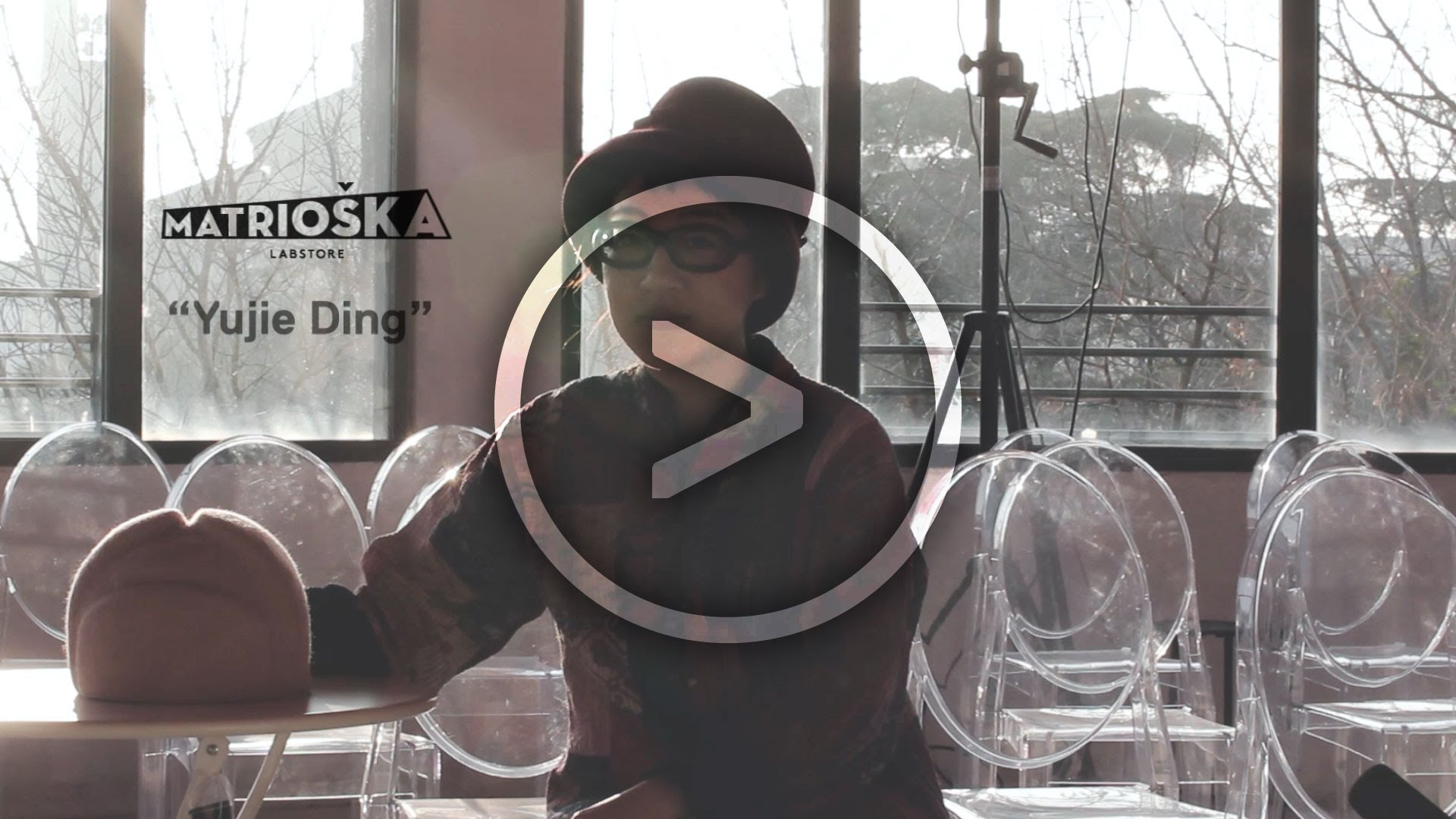 I cappelli come oggetti d'arte / Yujie Ding si racconta a Matrioška