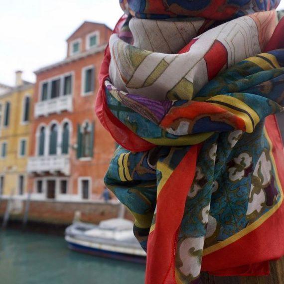 TERESA BUNTING SCARVES | Matrioska Labstore Rimini | Manufatturieri